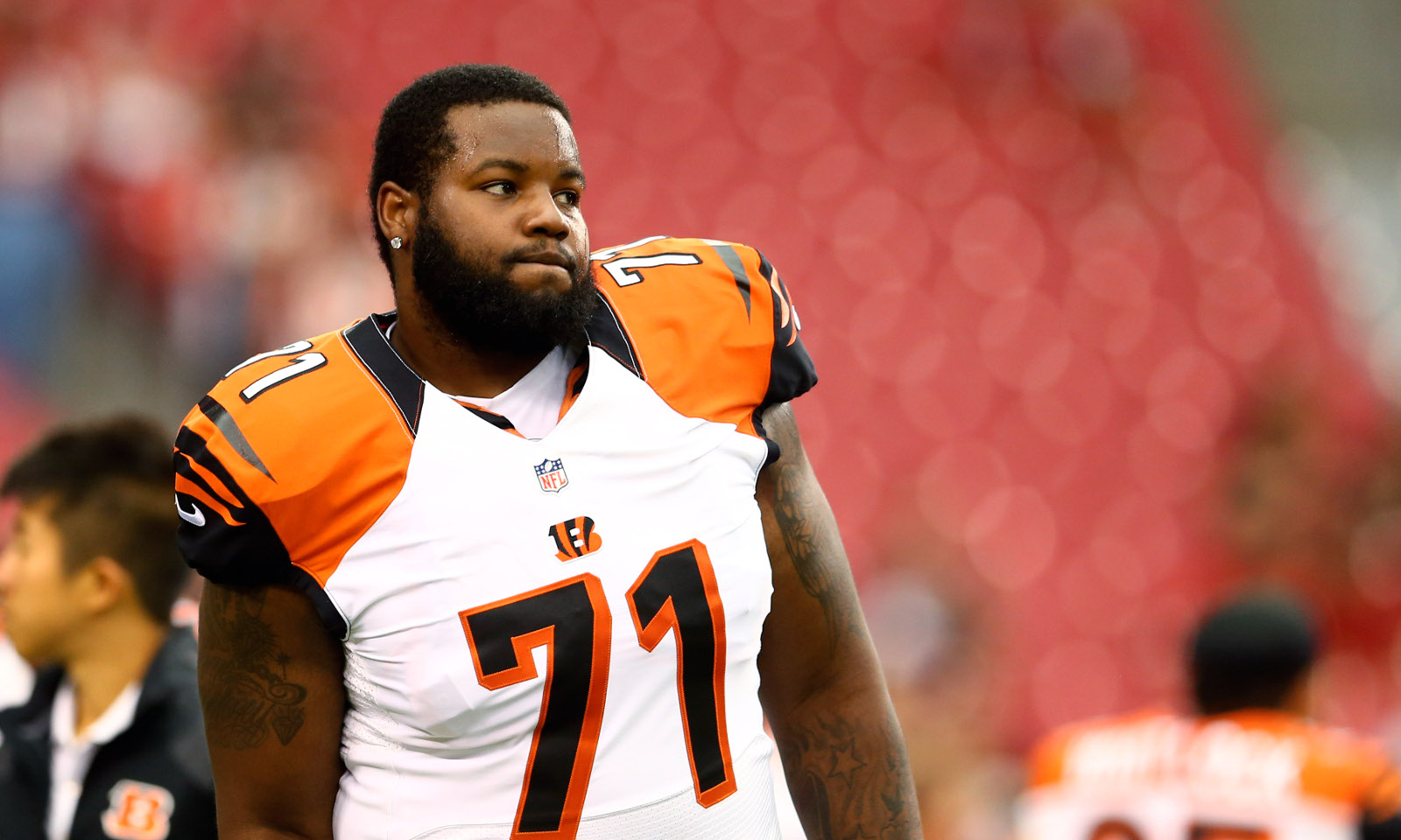 wholesale dealer 7d1f0 a5979 Alabama in NFL free agency: OT Andre Smith deciding between ...