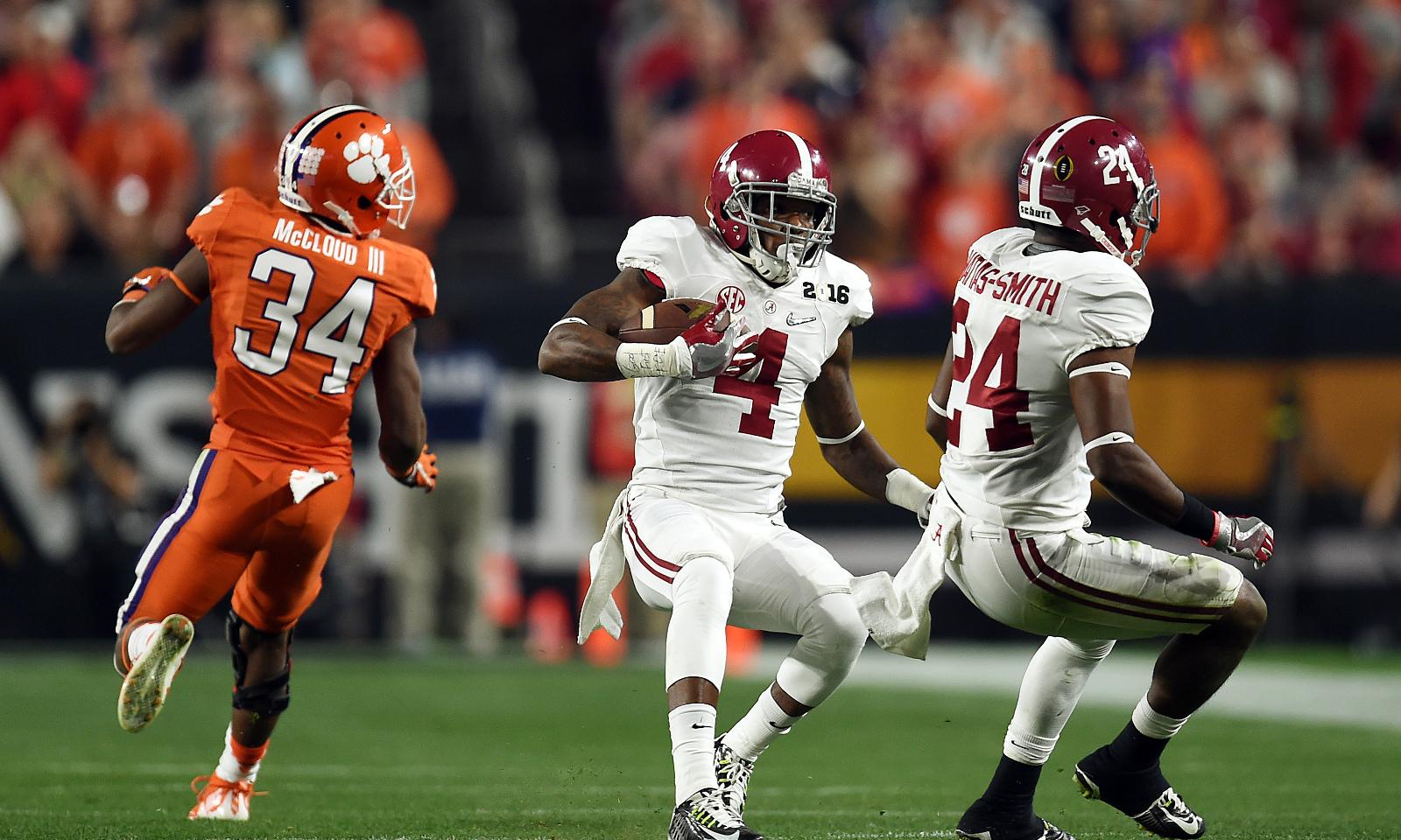 Alabama Football Lands 13 Players On 2016 Preseason Coaches All Sec
