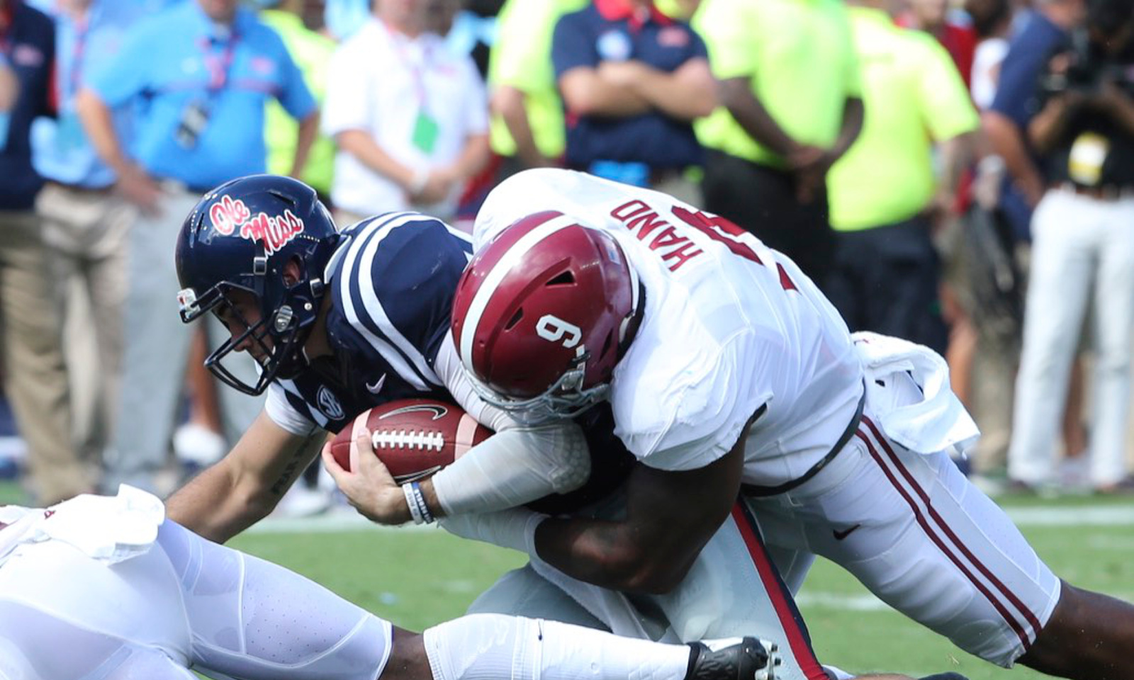 Alabama survives, ends two-game losing streak to Ole Miss ...