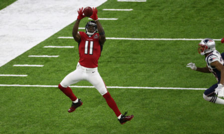 Julio Jones jumps for the catch