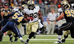 Mark Ingram running against the Rams