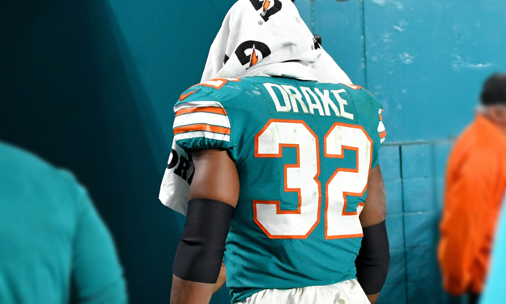 size 40 cc30d a6d0c Kenyan Drake Ends Promising Second Season With a Week 17 ...