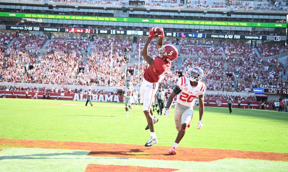 Devonta Smith catches a touchdown pass against ole miss