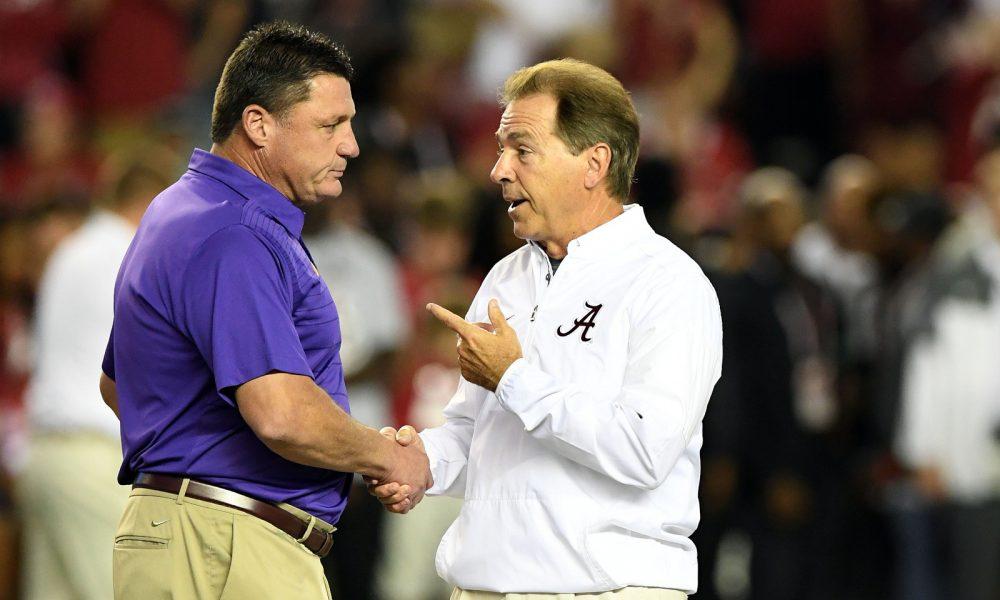 Ed Orgeron and Nick Saban shake hands beofre Alabama vs LSU