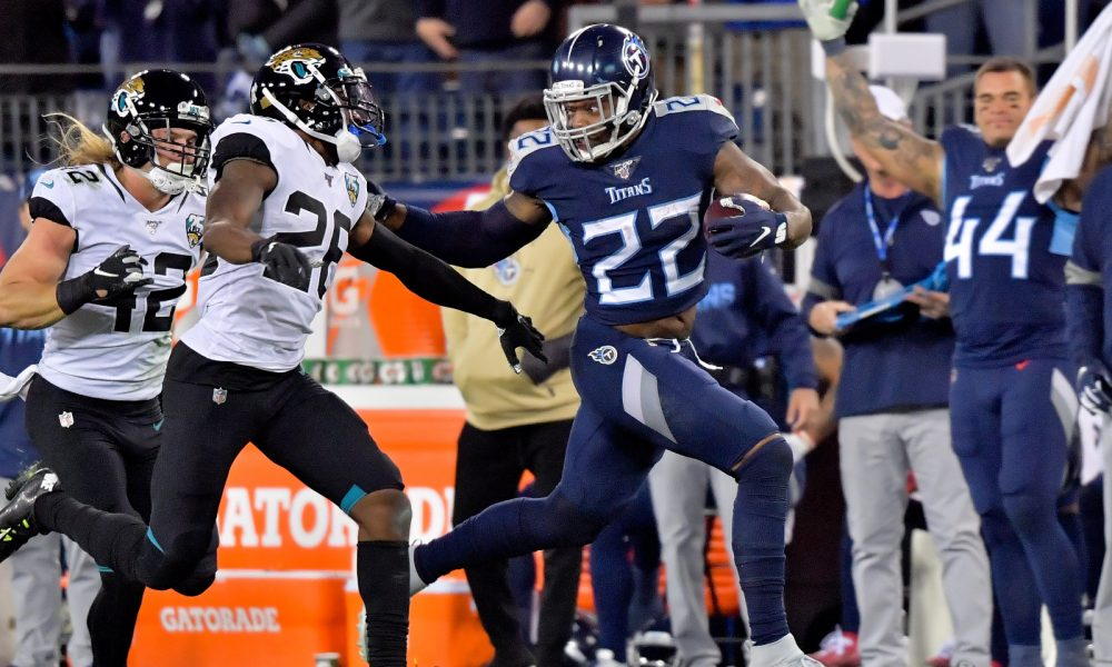 Derrick Henry stiff arms a Jaguars for a touchdown in 2019 season