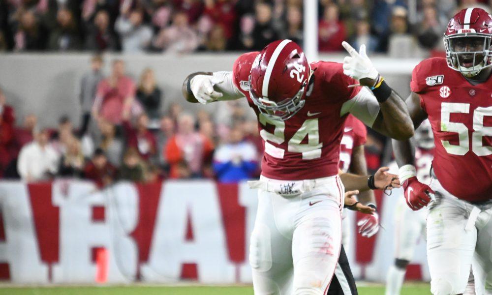 Terrell Lewis celebrates a sack for Alabama