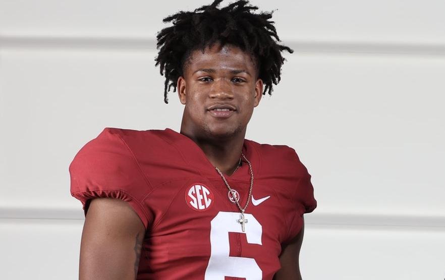 Alabama 4-Star athlete target Xavian Sorey poses for picture during visit to Alabama
