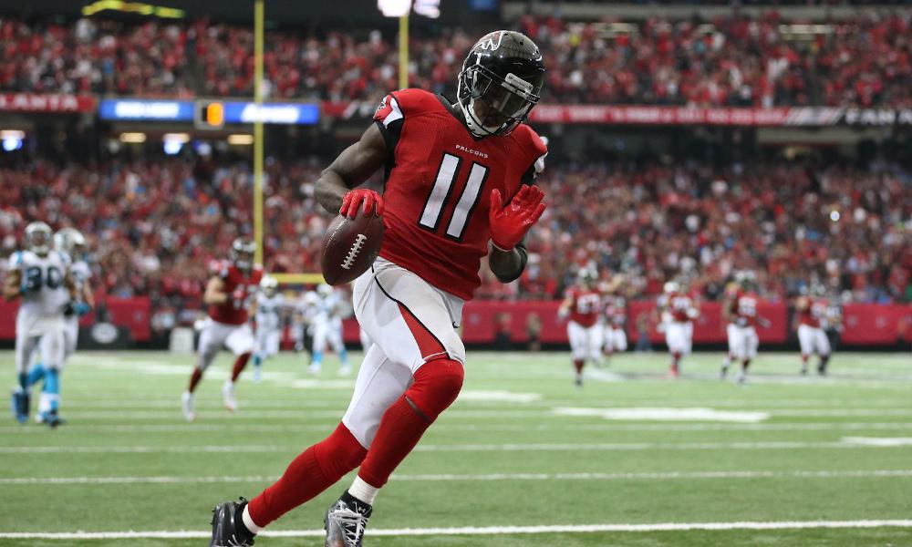 Julio Jones scores a touchdown for Atlanta Falcons versus Carolina Panthers during 2020 season