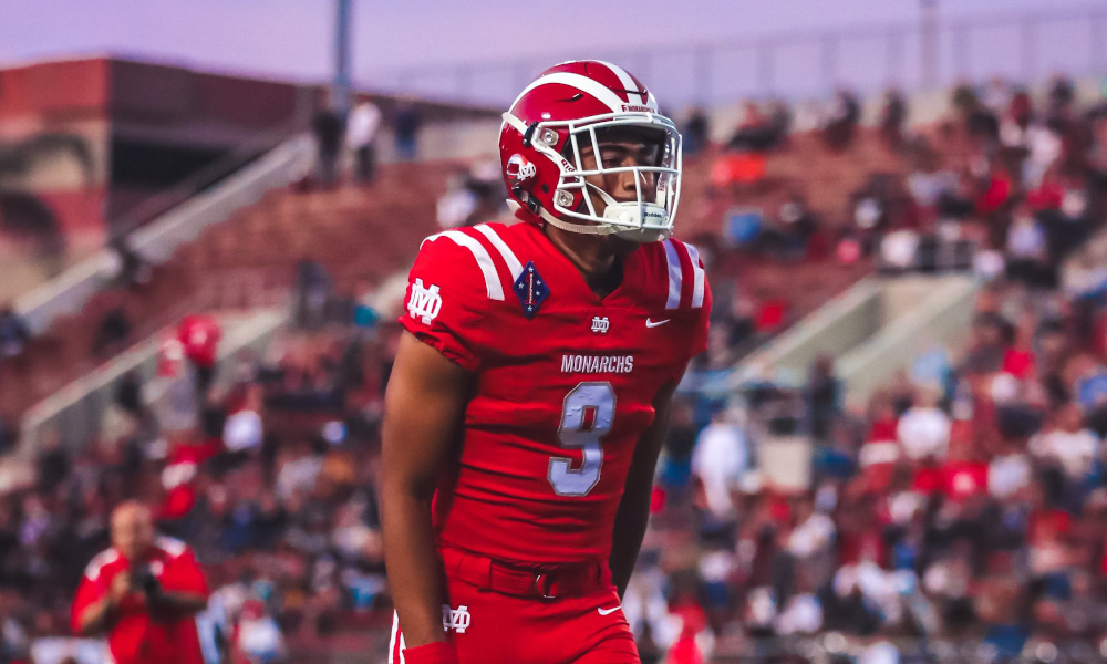 Bryce Young at quarterback for Mater Dei High School in 2019 season