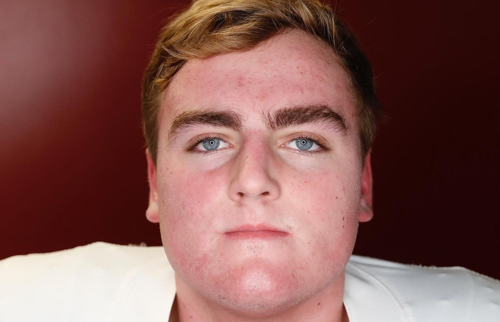 James Brcokermeyer poses for picture doing Alabama visit