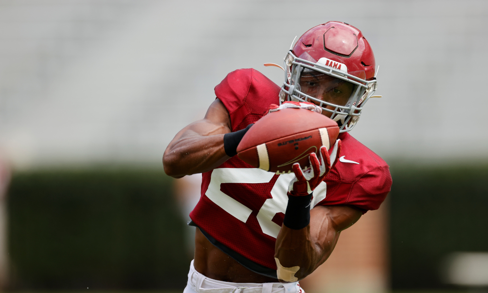 Josh Jobe catches a pass in Alabama fall practice