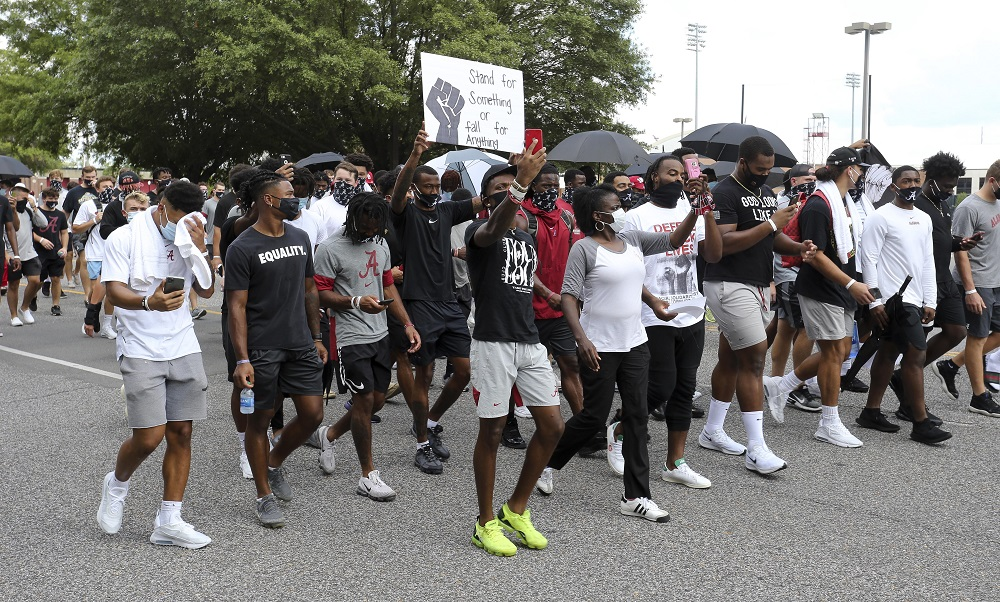 Alabama players march to fight racial injustice