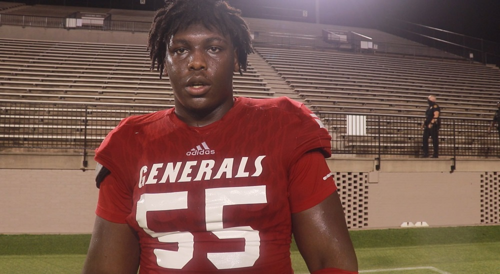 Alabama 3-Star DT commit anquin Barnes takes interview question after game
