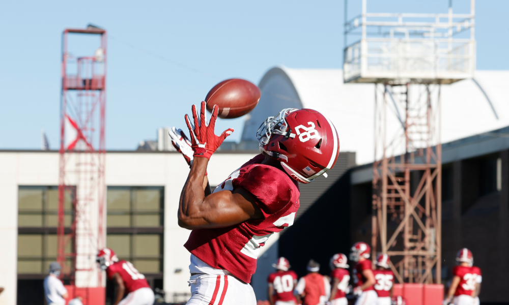 Josh Jobe makes a catch in practice for Alabama in 2020
