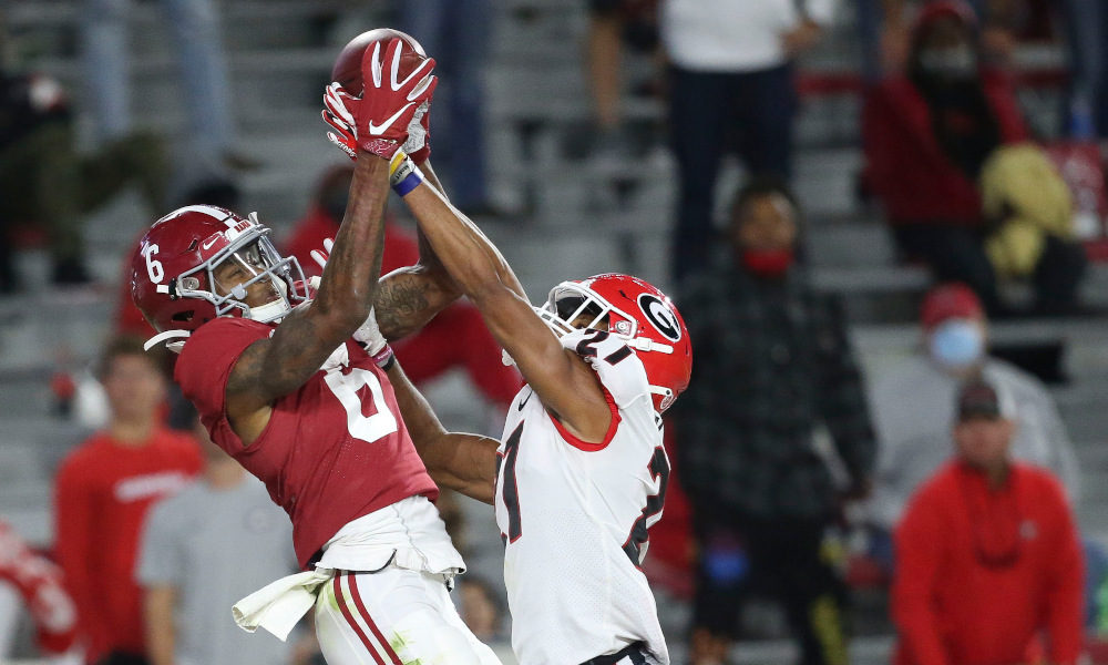 DeVonta Smith is a 'Michael Jordan-level competitor,' per Mac Jones