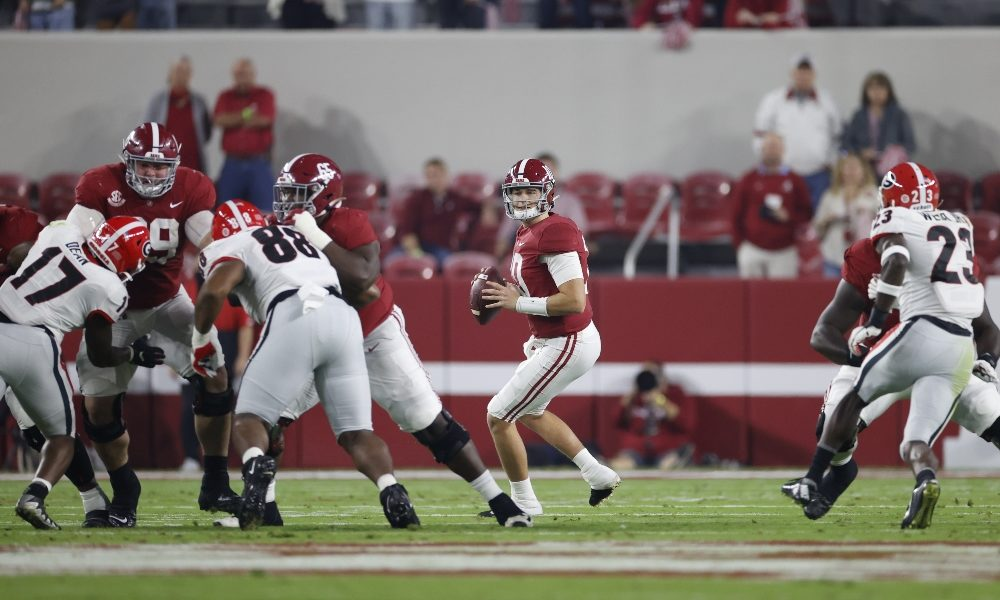 Mac Jones turns in huge performance to lead Alabama past Georgia