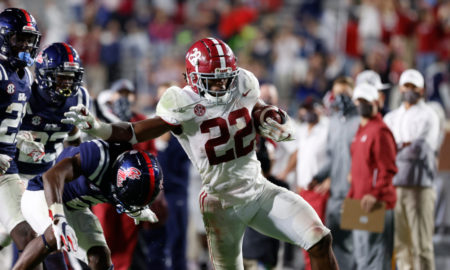 Najee Harris runs for an Alabama touchdown versus Ole Miss