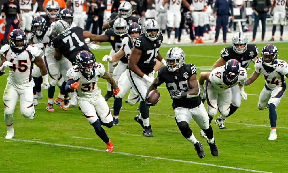 Josh Jacobs runs for a Raiders' touchdown versus Broncos