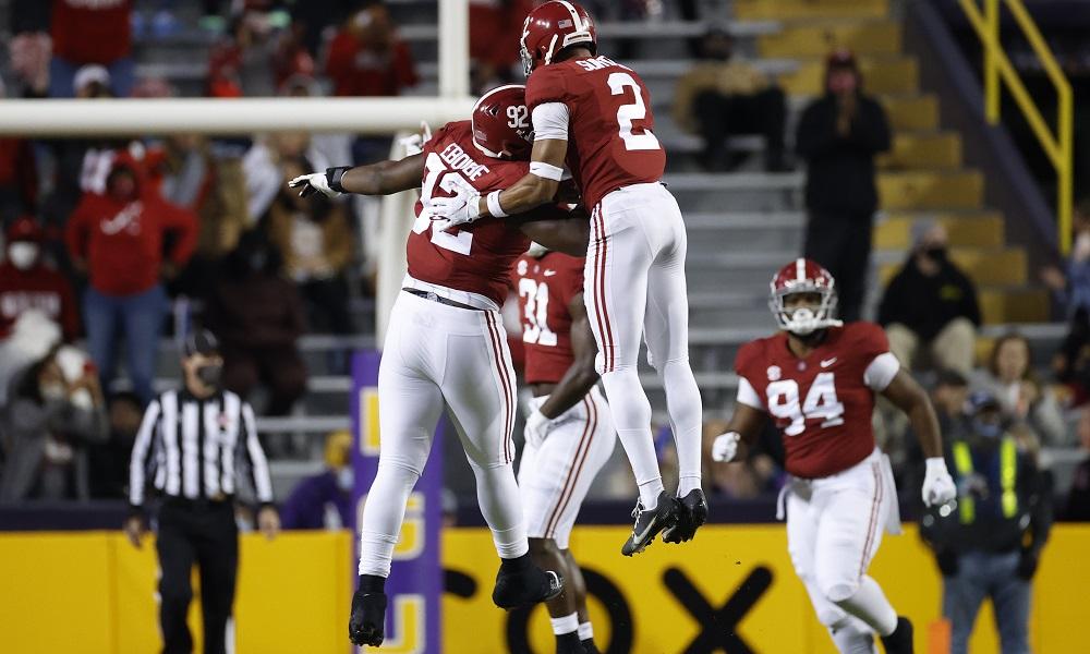 Alabama players celbrate against LSU