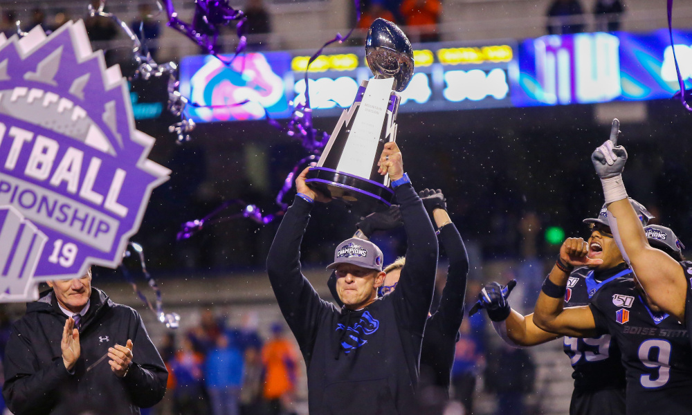 Bryan Harsin holding Mountain West Conference title for Boise State in 2019