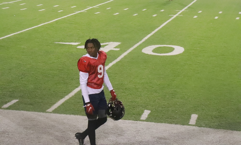 Ga'Quincy McKinstry takes a break at Al-Ms All-Star Game Practice