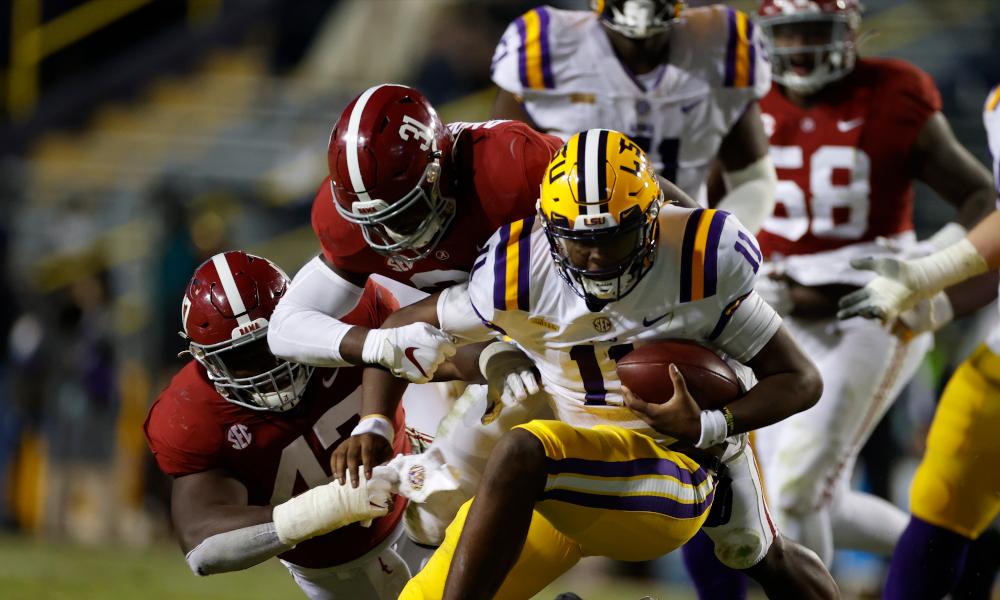 Will Anderson (No. 31) of Alabama sacks LSU's quarterback T.J. Finley
