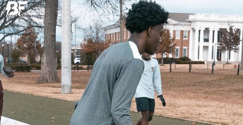 Antonio Kite works out at Alabama