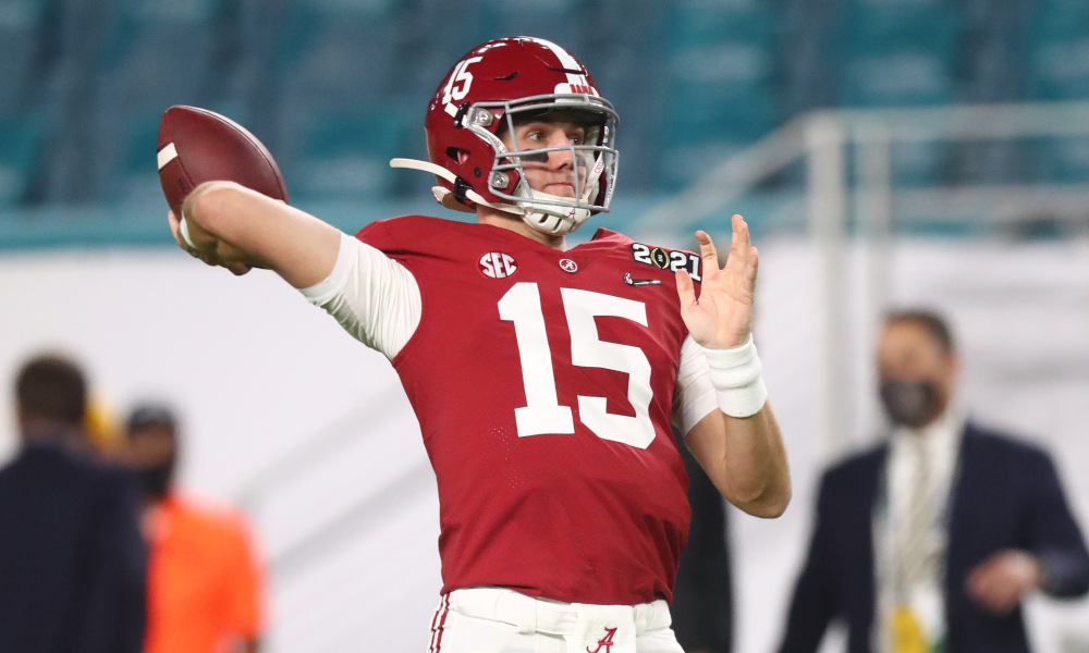 Paul Tyson throwing a pass in warmups before 2020 CFP title game versus Ohio State