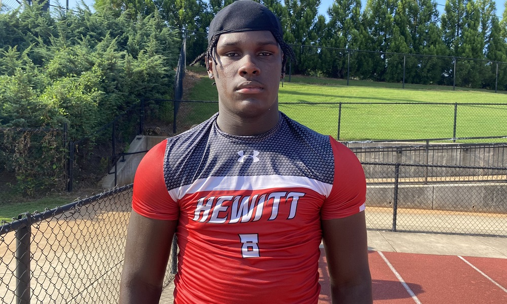 Hunter Osborne poses for picture after Heitt-Trussville practice