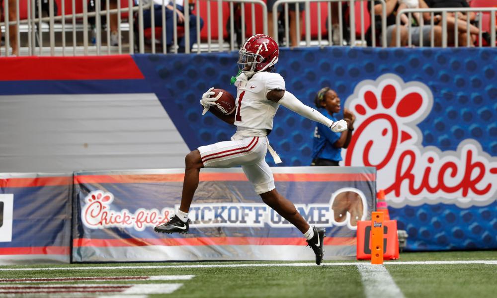 Jameson Williams scores a 94-yard touchdown for Alabama versus Miami