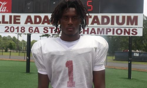 Ga'Quincy McKinstry poses for picture at Pinson Valley practice